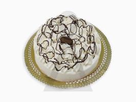 06-bolo-chocolate-com-beijinhos